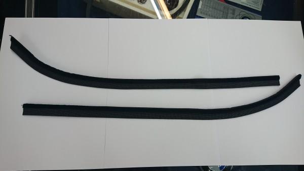 Satz Bürstenleisten für Fensterschachtleiste Seitenfenster hinten BMW E9 2,5-3,0 CSi