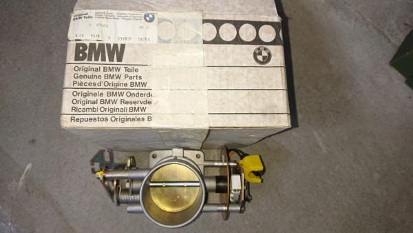 Drosselklappenstutzen EH BMW Baureihe E23 745i Turbo ab 09/82 neu orig. BMW !